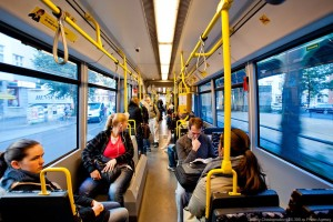 В Хабаровске введут повышенный тариф на проезд в общественном транспорте в вечернее время