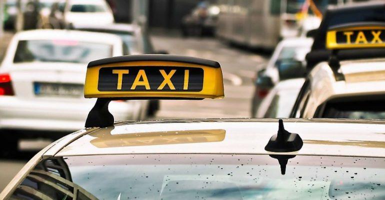 Как наживаются на клиентах агрегаторы такси и сами таксисты   Тарифы d01b5084fa8