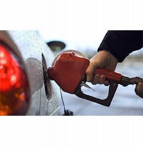 А цены на бензин - кусаются!