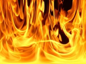 в проекте закона предусматривается тарифная ставка на противопожарное страхование жилья - около 30-50 копеек за квадратный метр в месяц. Тарифы на страхование объектов собственности пока не сформированы