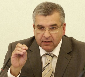 Мэр Перми блокирует повышение тарифов на общественный транспорт