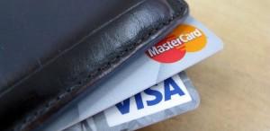 Задолжал за коммуналку? Судебные приставы спишут долги с банковского счета!