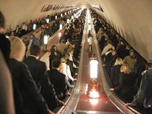 Проезд в метро опять подорожает