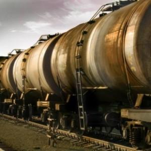 В Азербайджане на транзитные перевозки нефтепродуктов будут предоставляться скидки