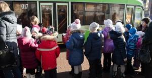 Школьников в Новосибирске будут возить бесплатно