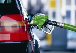 Путин одобрил повышение ставок акцизов на бензин и дизель