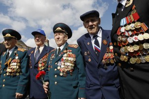 ЕР обратилась к Собянину с просьбой сохранить повышенные выплаты ветеранам к Дню Победы