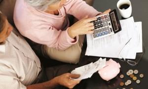 Астраханские пенсионеры рискуют остаться без субсидий на ЖКХ