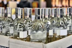 Минфин повысил минимальную цену на водку