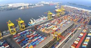 ФАС согласилась оставить тарифы в валюте для иностранных клиентов портов