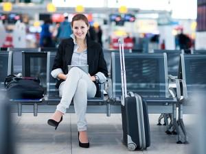 Минимальный тариф авиабилетов до Москвы снизился почти в два раза