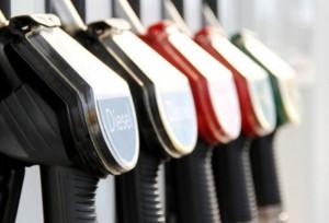 На Камчатке вновь повысились цены на бензин