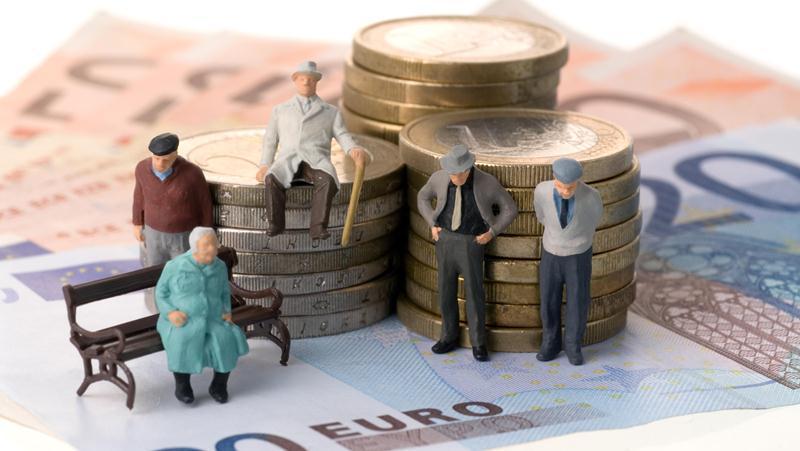 Раскрыты планы правительства по отказу от балльной пенсионной системы