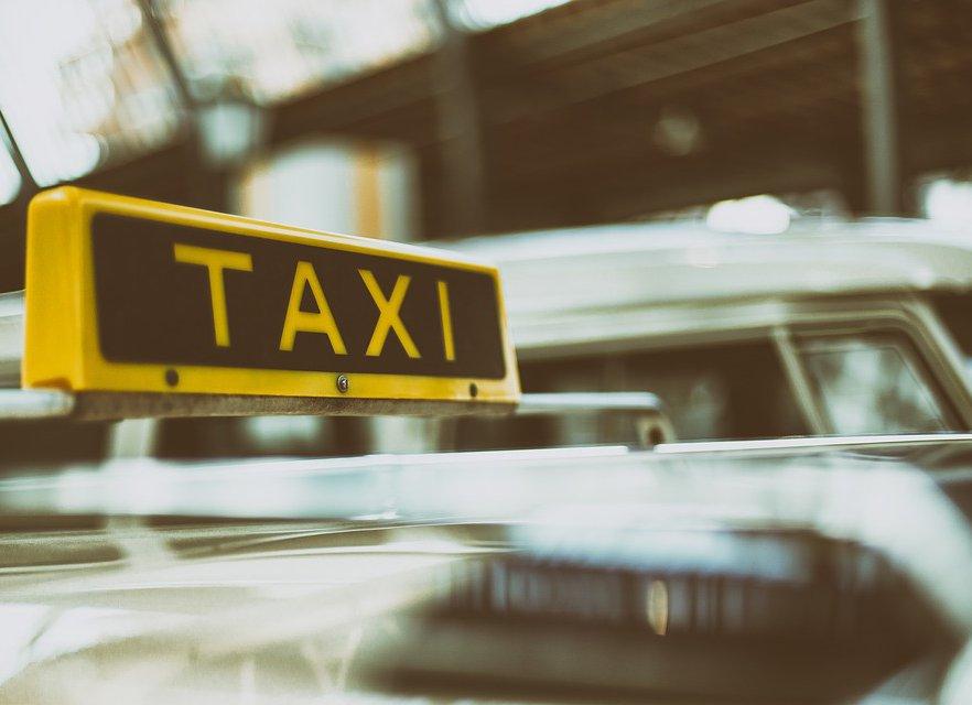 Тариф «Хамло»: как пожаловаться на таксиста