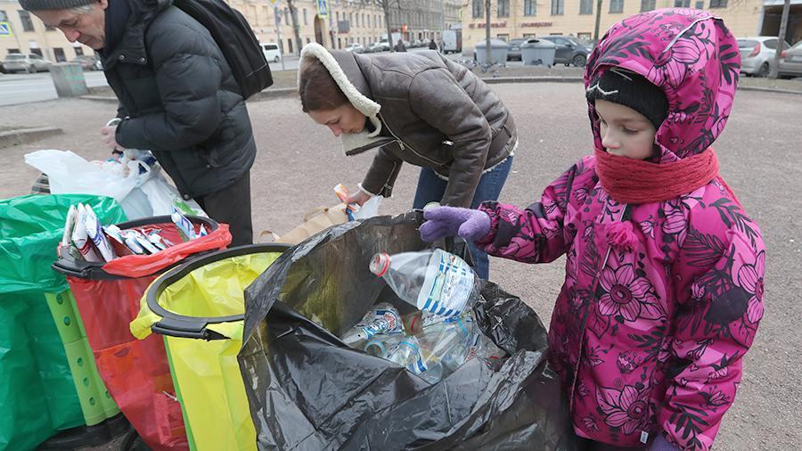 Тариф с ноготок: детям предложили дать льготы на оплату вывоза мусора
