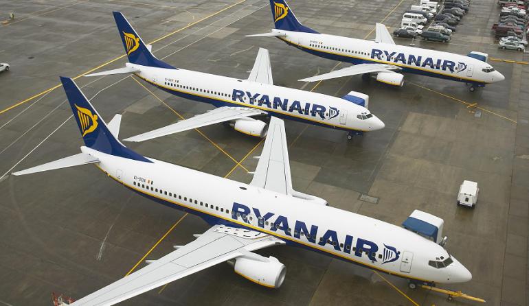 Лоукостер Ryanair изменил тарифы и добавил предзаказ питания
