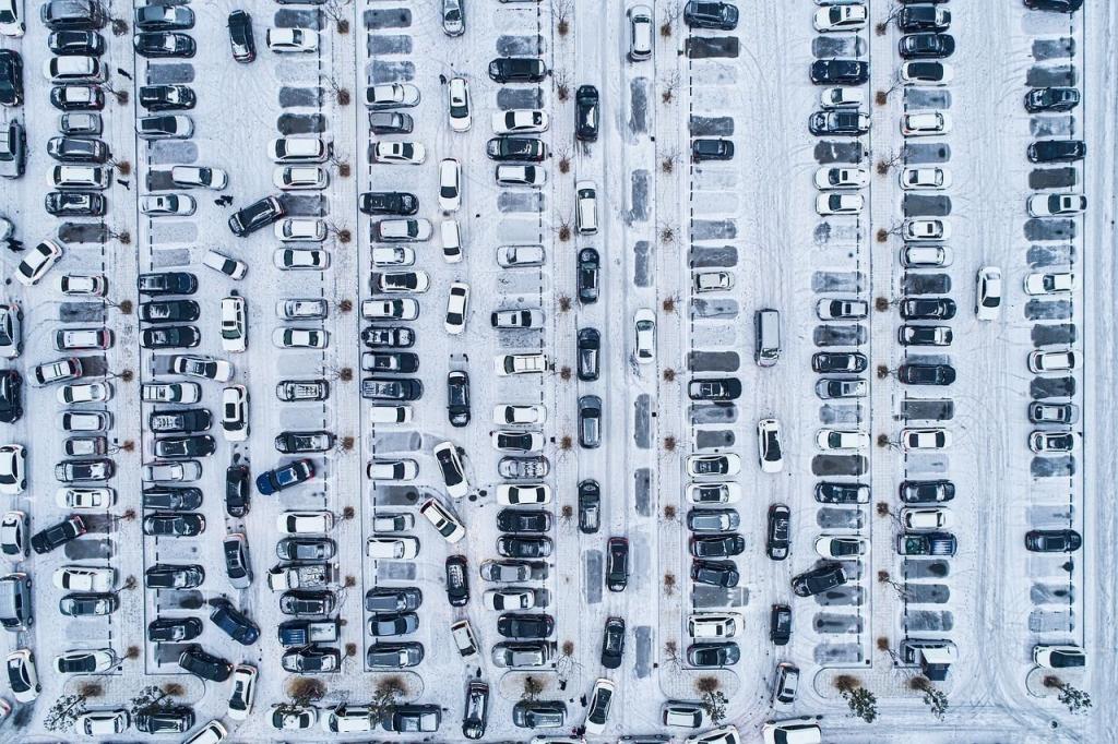 В Петербурге изменился тариф на доставку машин до штрафстоянки