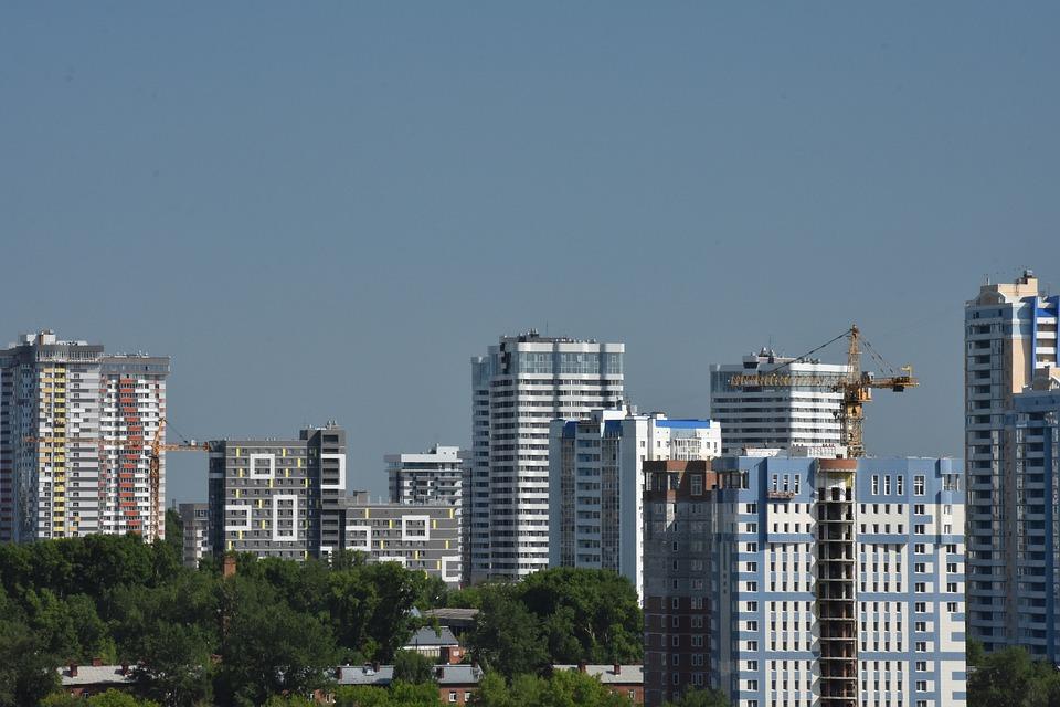 Площадь жилья в стадии строительства в РФ сократилась на 28 поцентов – Минстрой