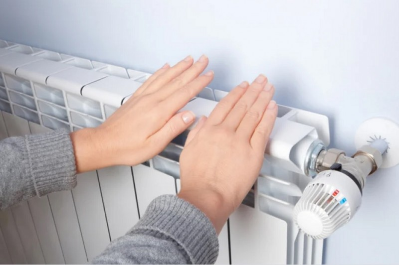 Газ подорожает, а отопление подешевеет. Как изменятся тарифы на коммуналку с приходом холодов