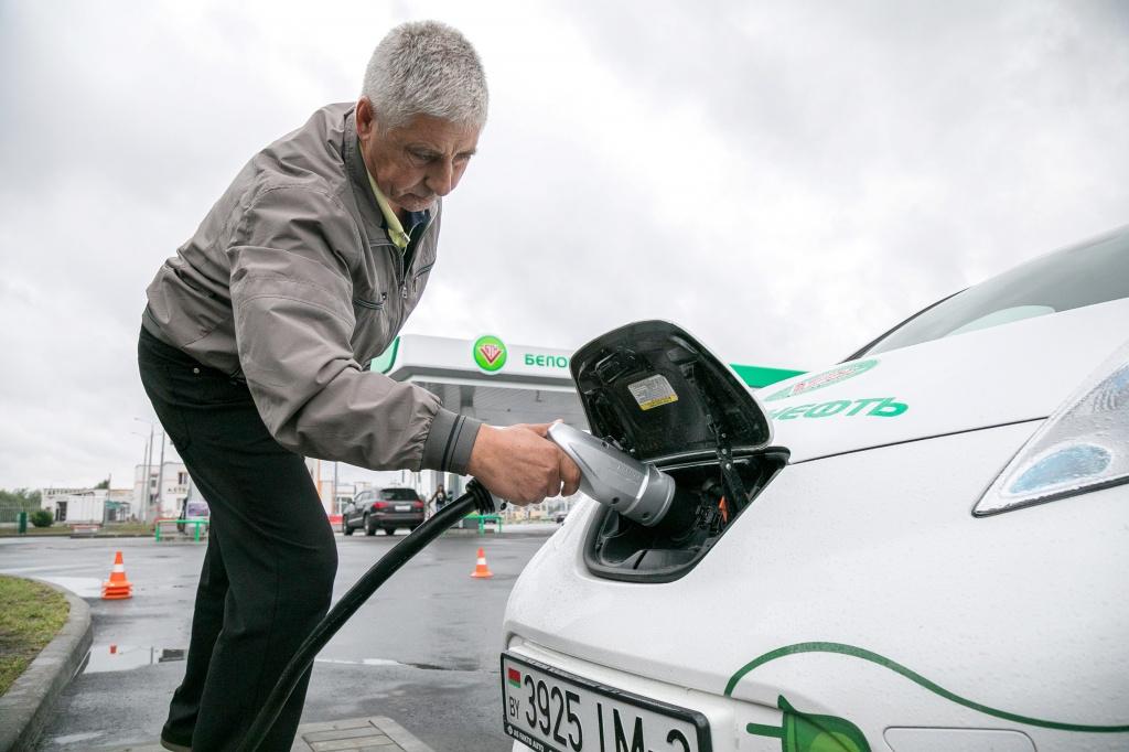 С 1 января вводится тариф на услуги электрозарядных станций