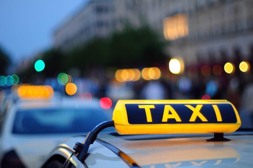 Тариф на сургутское такси: 350 рублей за 750 метров