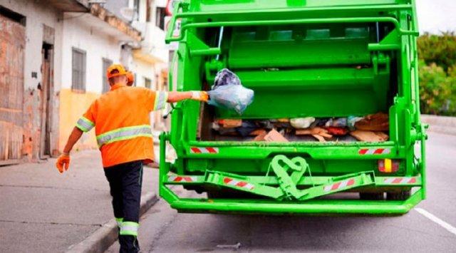 В январские квитанции за вывоз мусора владивостокцам добавили 11 рублей за четыре дня декабря
