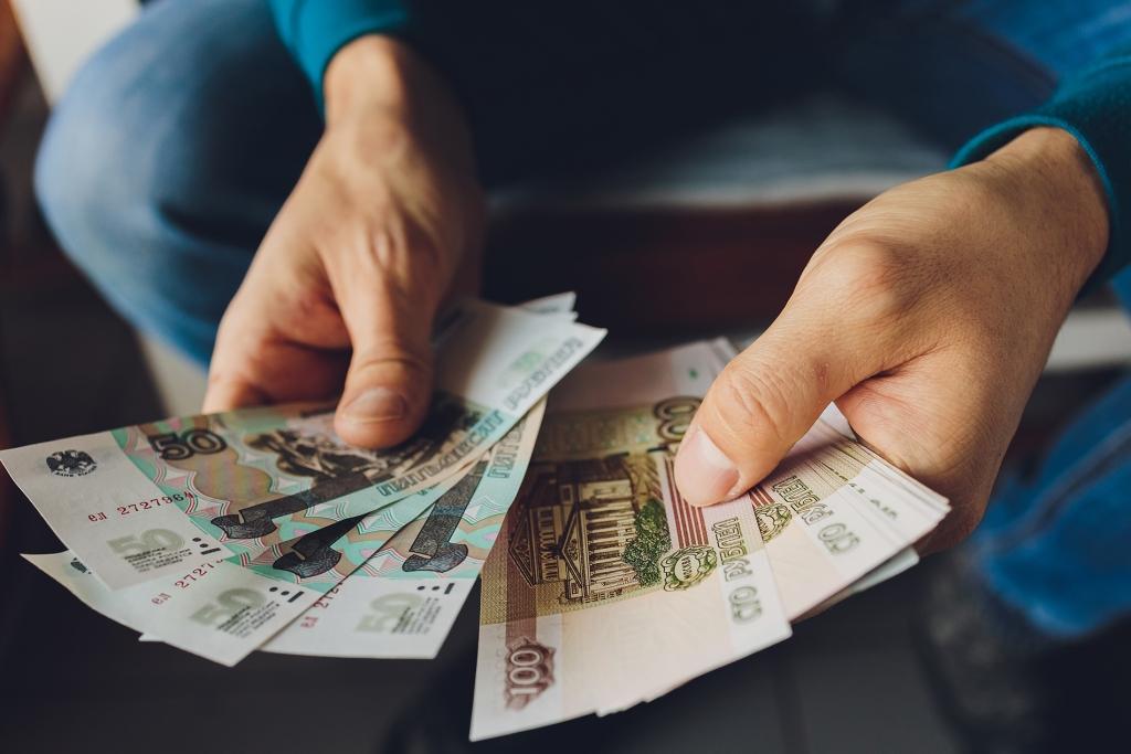 С 1 июня изменятся стоимость льготного проезда, схемы выплаты пенсий и пособий: что ждёт получателей