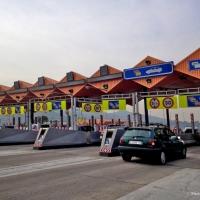 На платных дорогах России повысили тарифы