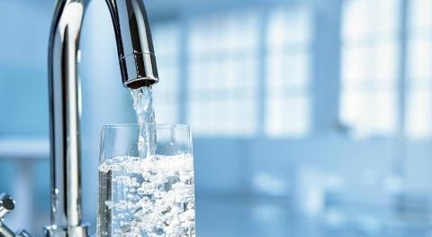 Жительница Обнинска потребляла воду в обход приборов учета!