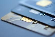Москвичи смогут при помощи банковских карт оплачивать коммуналку