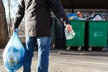 Сахалинским льготникам в июне пересчитают плату за мусор