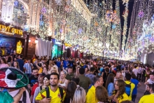 Год без чемпионата: поток туристов растет, гостиницы дешевеют