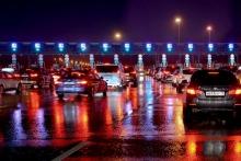 Стали известны тарифы на проезд по трассе Москва-Петербург