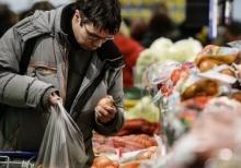 Экономить на еде стал каждый второй россиянин