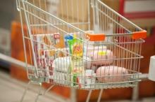 За девять месяцев цены на продукты питания в России выросли на 3,3 процента