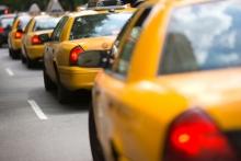 Стоимость поездок в такси резко выросла по всей России