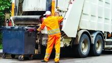 В Ленобласти за год снизился тариф на вывоз мусора